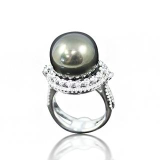 【蕾帝兒珠寶】-優雅之戀黑色貝殼珍珠戒