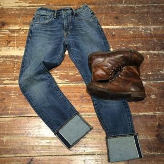 【Levis】505C 中腰窄管牛仔褲 / 彈性布料 尺碼偏小建議大一碼購買