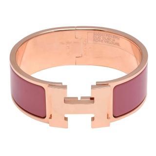 【HERMES】Clic H LOGO琺瑯中版手環(PM-天鵝絨粉X玫瑰金H300001F-ROSE VELOURS-ROSE GD-PM)