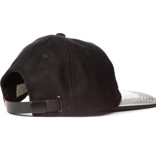 【Levis】男款字母刺繡寬邊帽 / 皮革